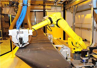 Robotic arm laser ablation system from Lasertronics